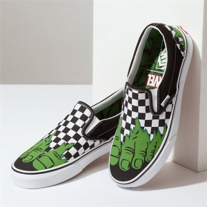 Merchandise Vans Classic Slip-On Hulk Ska Feet Pattern Green Foot