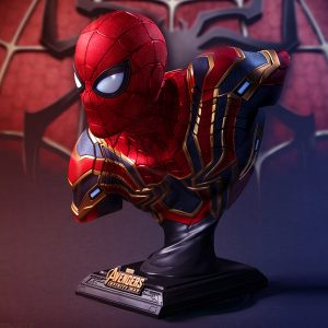 Merch Scale Bust Spider-Man Iron Spider Avengers Collectible