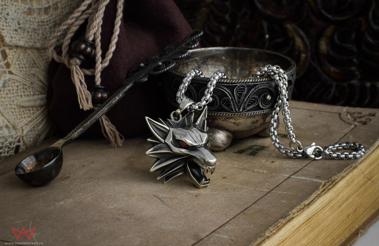 Collectibles Wolf Necklace The Witcher Silver Pendant