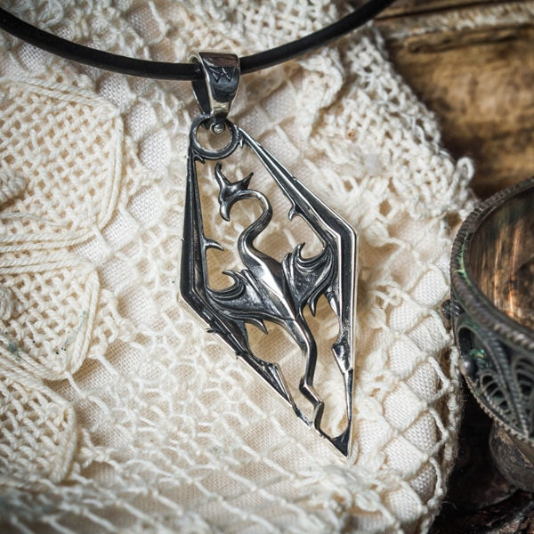 Merch Skyrim Silver 925 Necklace The Elder Scrolls