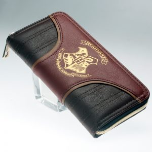 - Hogwarts Embroidered Wallet Women Purse Dft 1994A