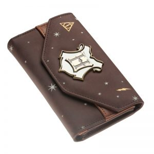 - Hogwarts Crest Faux Leather Tri Fold Women Wallet 12