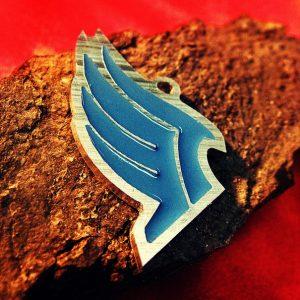 Merch Necklace Mass Effect Blue Wings Emblem Paragon Pendant