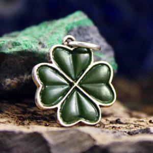 Collectibles Necklace Shamrock Irish Sign Ireland Handmade Pendant
