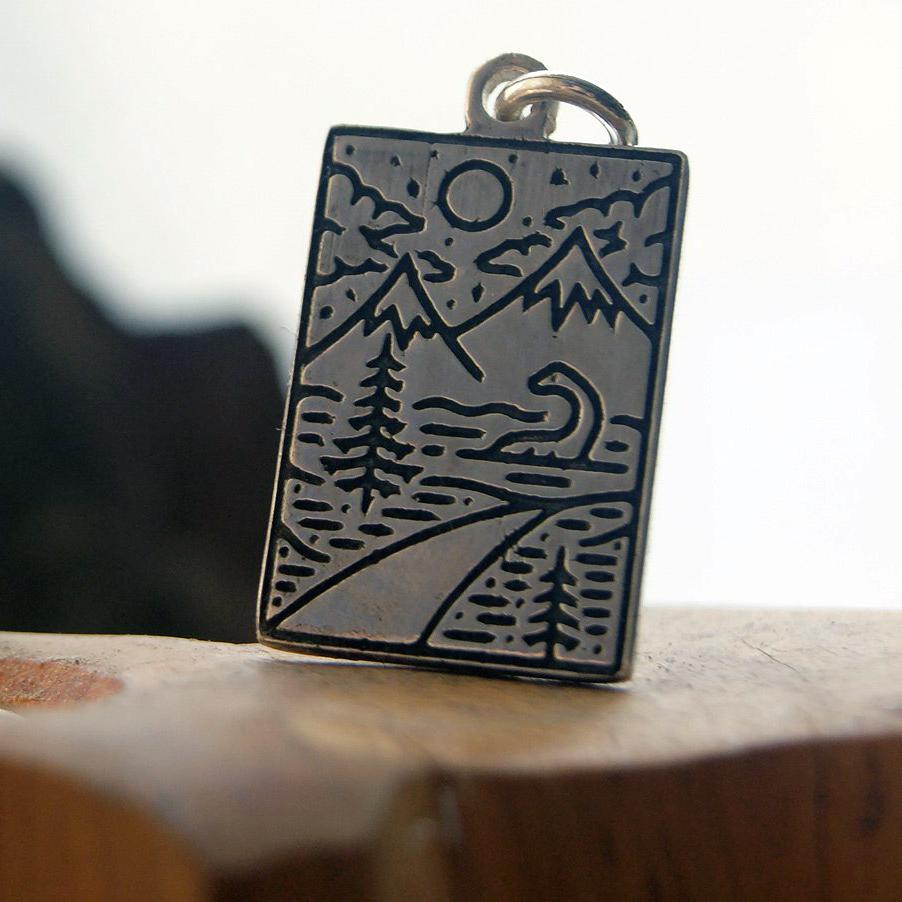 Merchandise Mountains Jurassic World Necklace