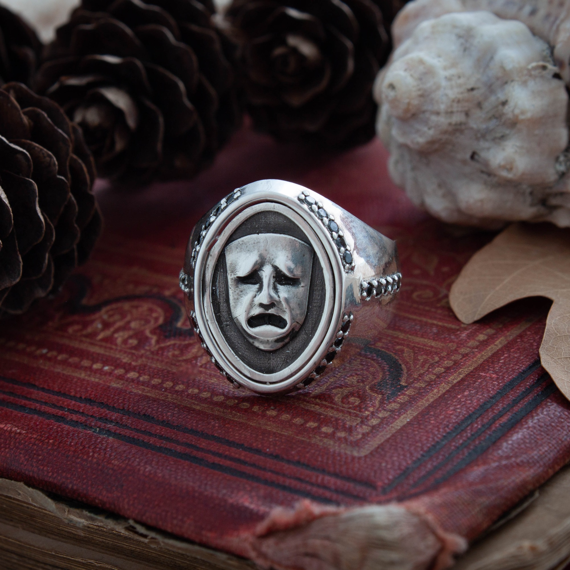 Merch Theatre Mask Ring Two-Sided Flip Emotions
