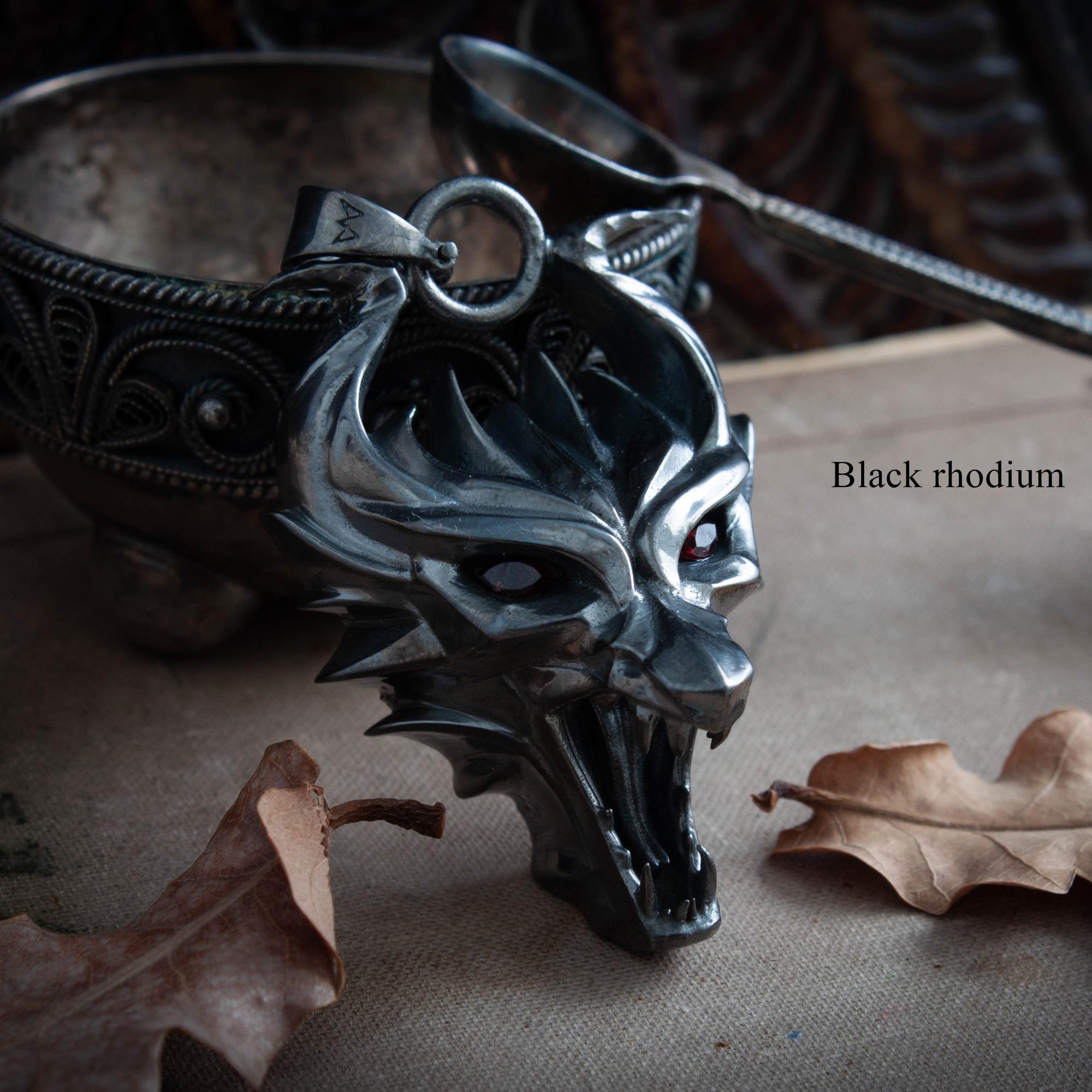Merch Dragon'S Head Medallion School Of Dragon Witcher Necklace