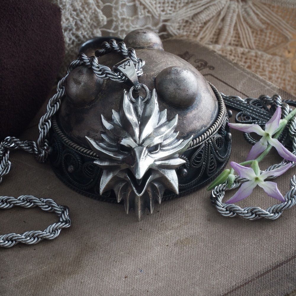 Merch Phoenix Medallion The Witcher Pendant